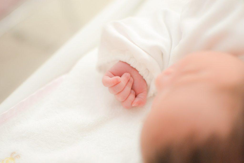 ◆◆原因不明の不妊症に対する 卵巣刺激を伴う子宮内授精 vs 待機的管理(TUI)◆◆