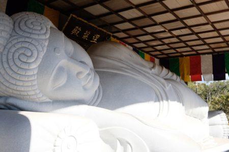 高昌寺の涅槃仏